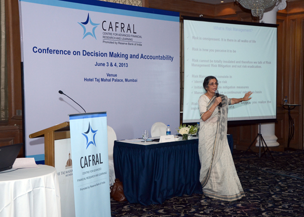 Photos from the Conference on Decision Making and Accountability
